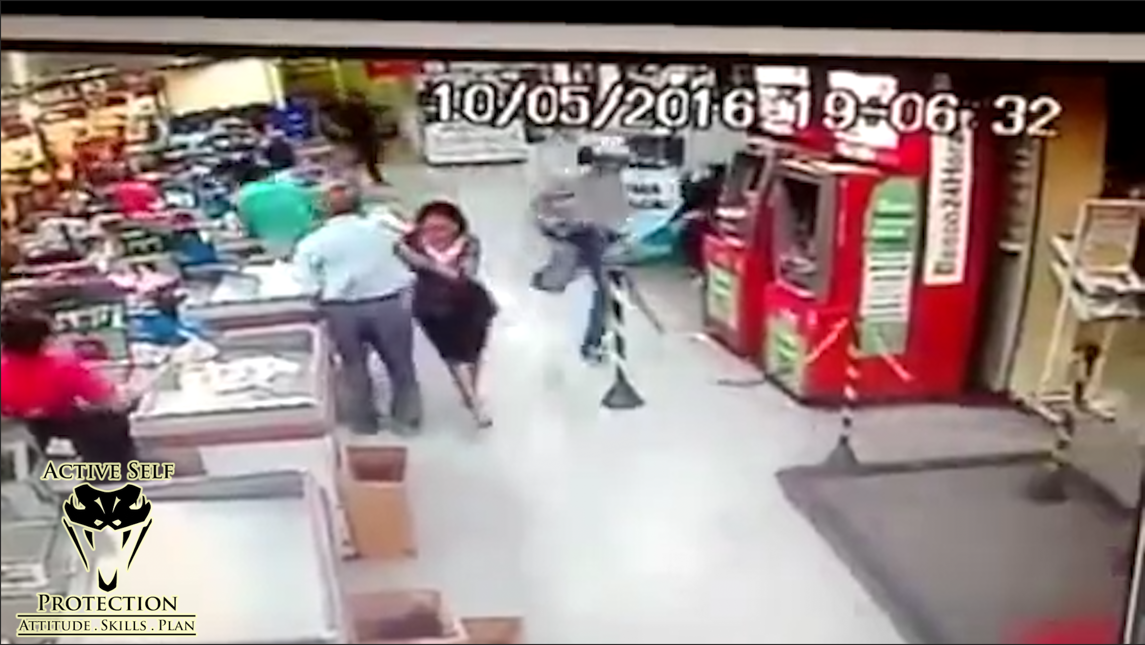 This armed guard fought the robber off